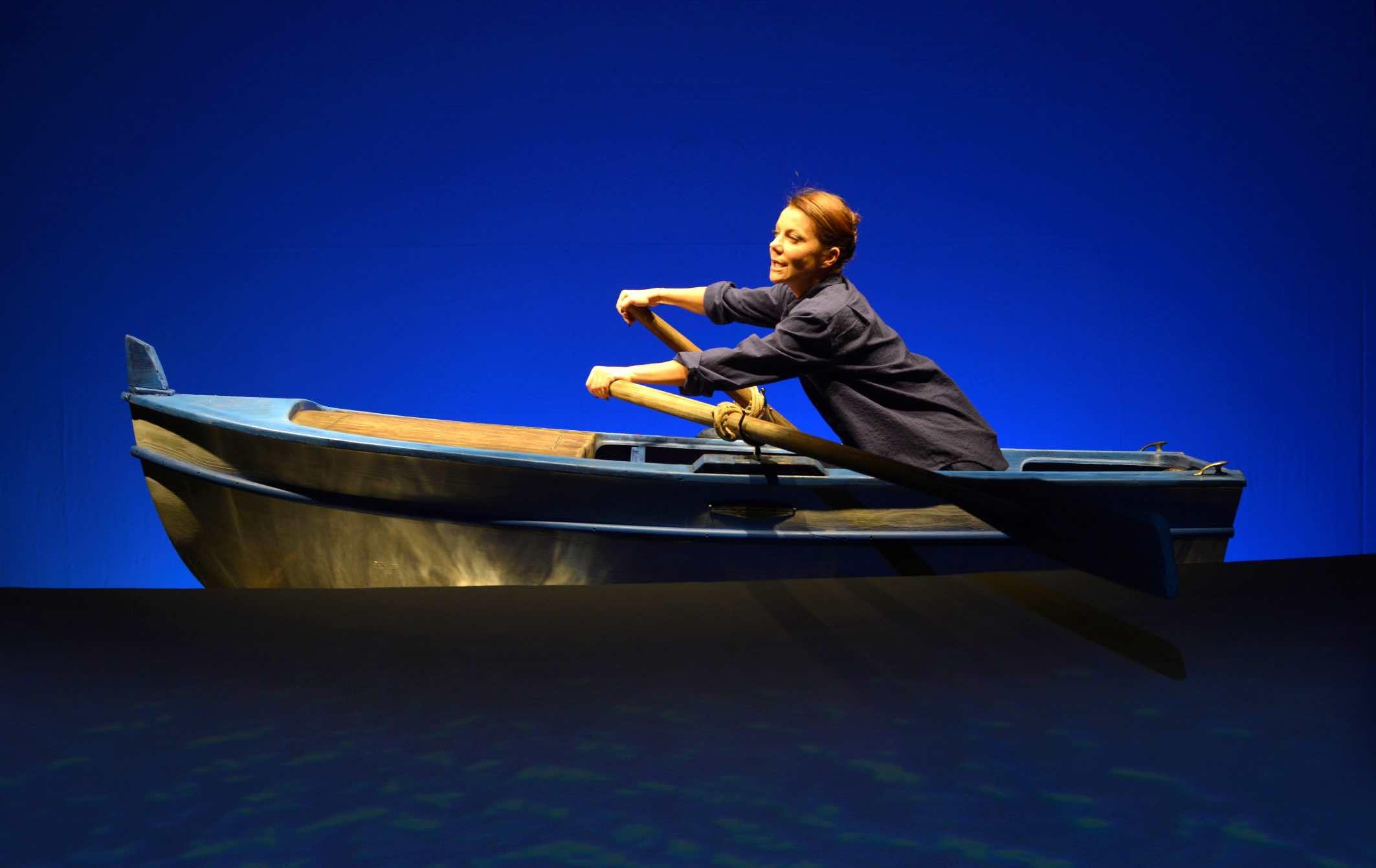 GAIA APREA in D'estate con la barca -  foto di Fabio Donato 2