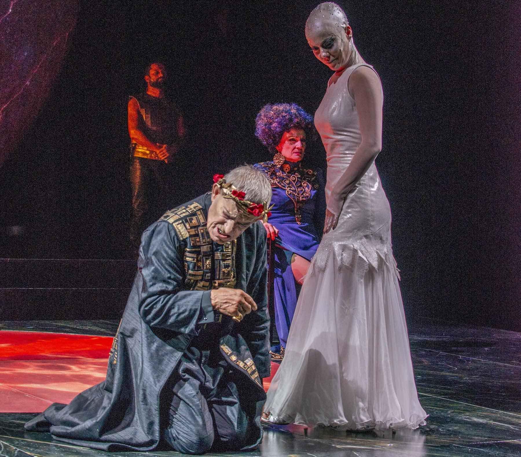 SALOME Eros Pagni e Gaia Aprea foto di FABIO DONATO 5923